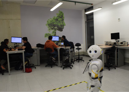 Laboratorio de Electrónica Avanzada (ML-009)
